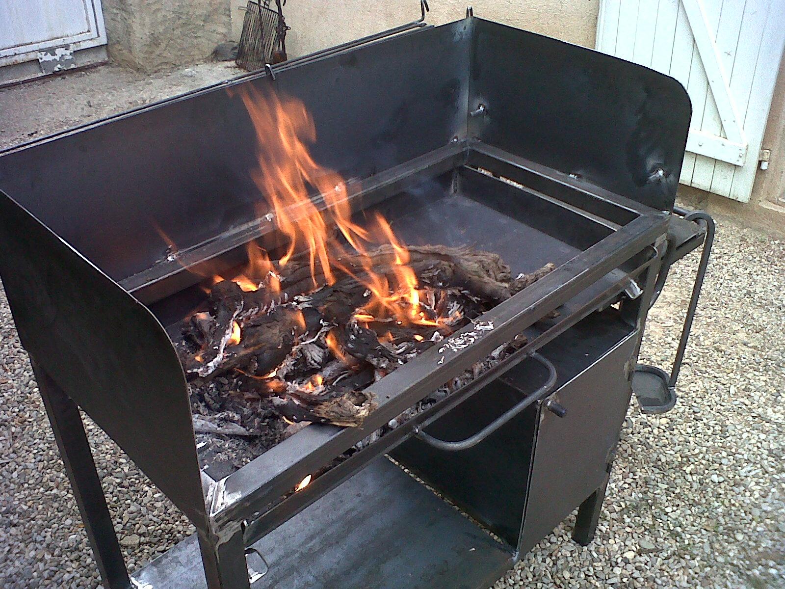 Mobilier de jardin - Grille barbecue sur mesure ...